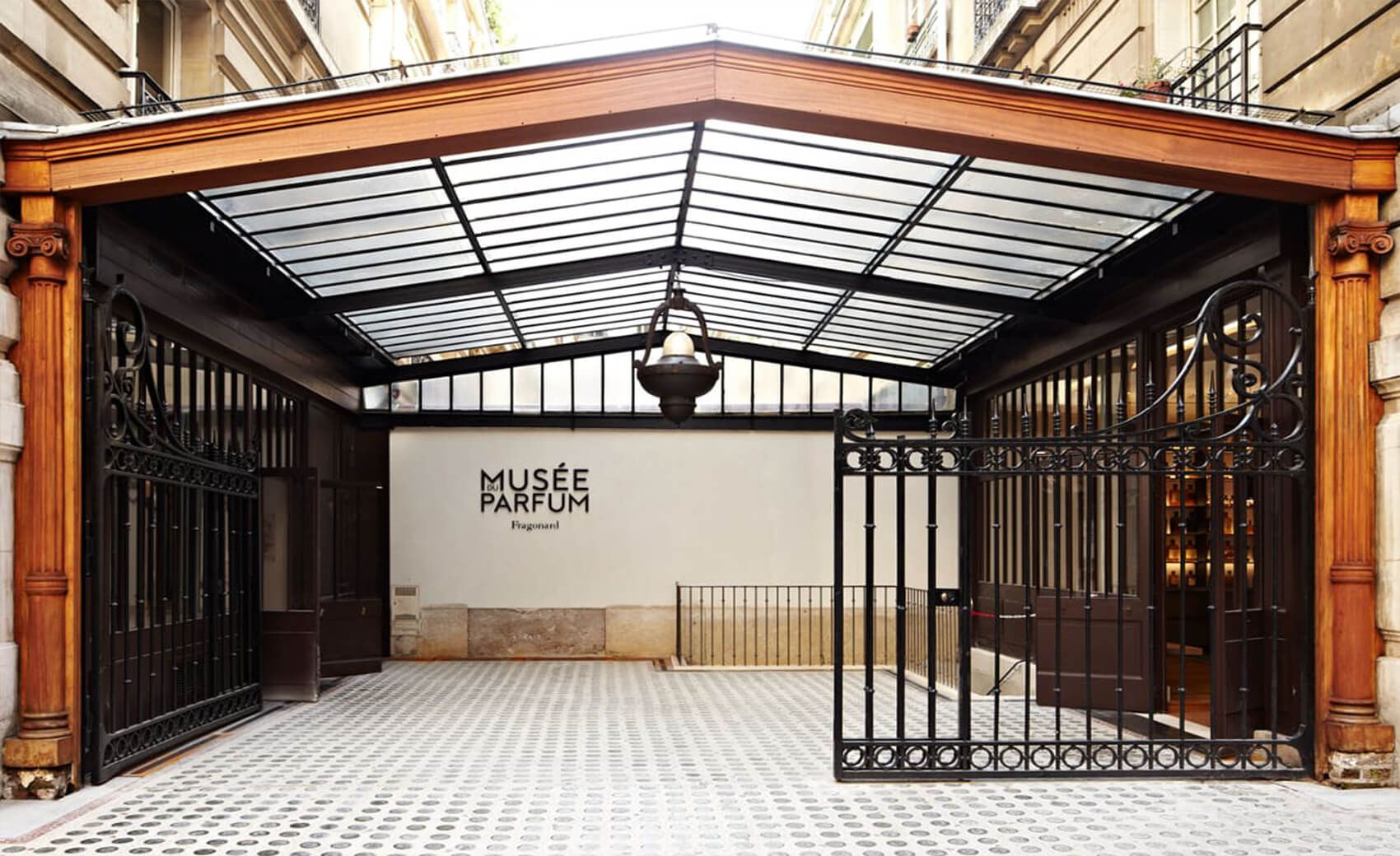 Parfumerie Fragonard Museum and Factory is one of the older factory in the world capital of perfumes